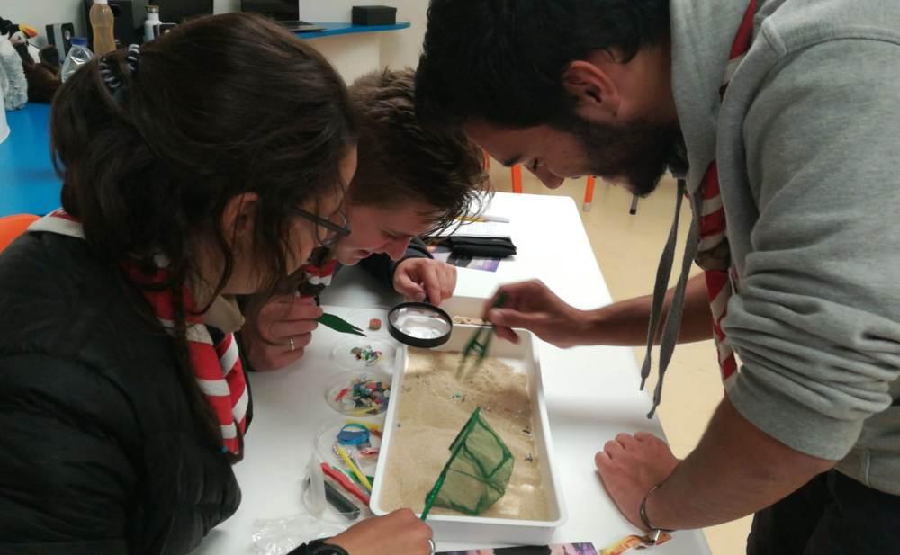 Participantes colocam conhecimentos em prática.